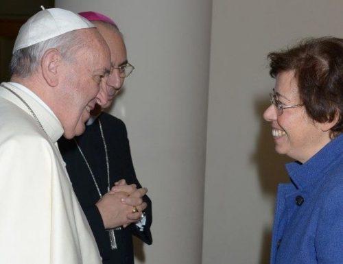 La nomina Papa Francesco proclama la prima donna sottosegretario: chi è Francesca Di Giovanni