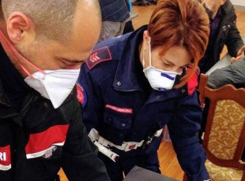 Irruzione dei Carabinieri, protetti di mascherine, in una bisca Cinese  a Prato