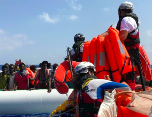 Gli Emiliani con Bonaccini e il PD sono pronti ad accogliere la Ocean Viking con 403 immigrati