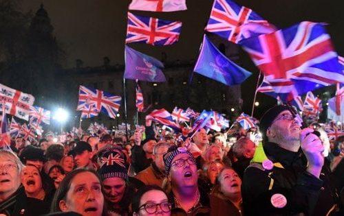 Chapeau al Regno Unito: non è più legata al cordone ombelicale dell'Europa