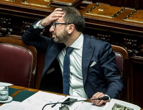 """Feltri a valanga contro Bonafede: """"Come politico gli do zero, come comico, dieci"""""""