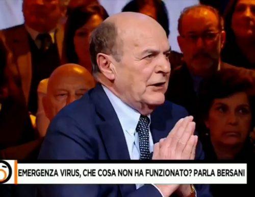"""Qualcuno fermi Bersani Delirio sui contagiati in Italia: """"non è che il coronavirus ce l'avevamo già in casa noi?"""""""