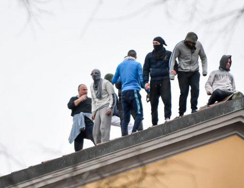 Carceri La rivolta non si placa: 6 i morti