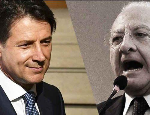 """De Luca a valanga contro il Premier Conte: """"Siamo a poche ore dall'inferno e da Roma non ci è arrivato niente"""""""