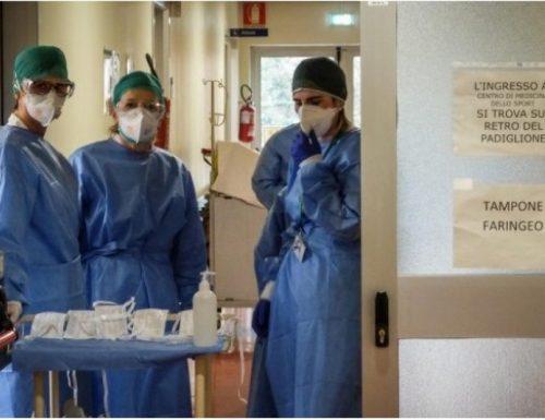 Allerta massima Lombardia e Piemonte chiedono la chiusura totale: nelle ultime 24 ore più di 2000 contagi e 196 morti