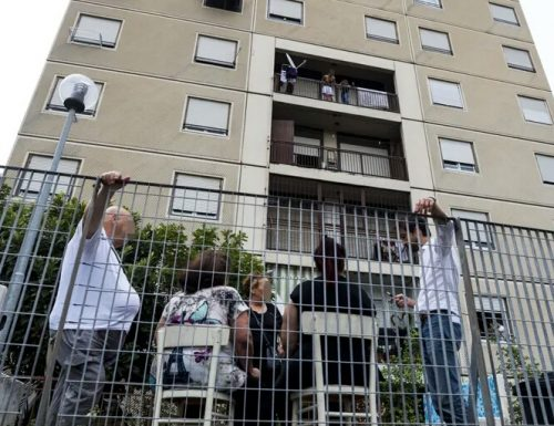 Case Popolari Priorità ad Africani e rom: sciacalli in azione a Milano