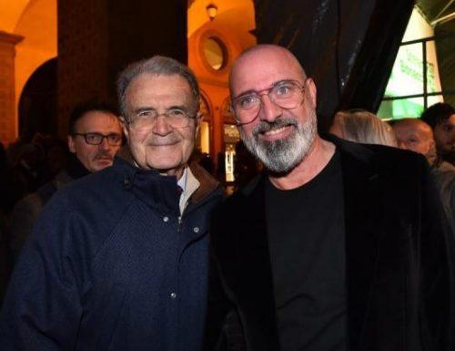 """La follia del governatore Bonaccini: """"Per rilanciare l'Emilia serve Romano Prodi"""""""