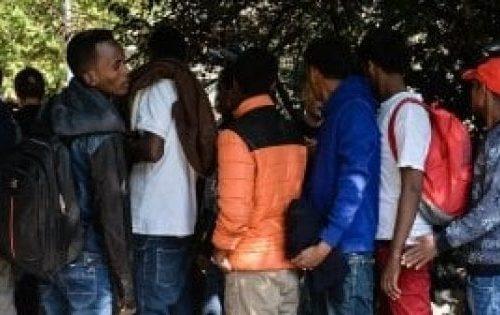 Covid-19 Probabili infetti tra i Migranti Quartiere in rivolta a Capannelle