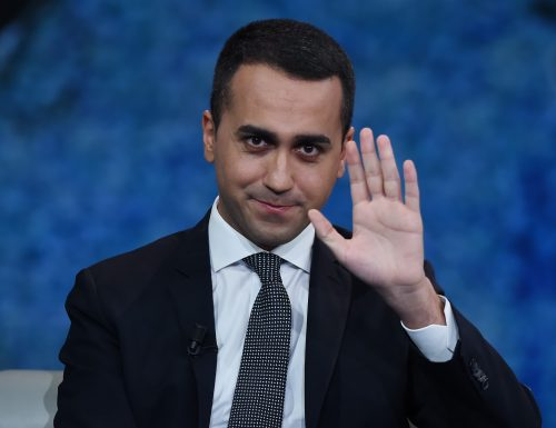 """Di Maio fa lo spaccone con i soldi degli italiani Fdi: """"Blocchi i 500 milioni diretti ai Paesi poveri e li lasci in talia"""""""