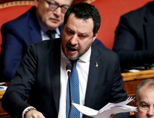 """Salvini a valanga contro Conte: """"il governo tratta gli italiani come bambini. Basta con i faremo, vogliamo fatti"""" [Video]"""