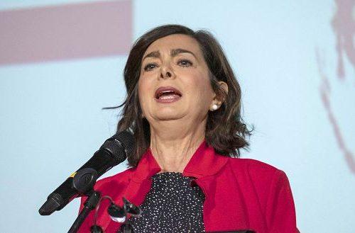 L'appello dei comunisti  Boldrini e Orfini al governo: riaprite subito i porti ai clandestini