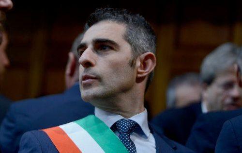 Vergogna a Parma Buoni spesa solo ai comunisti Insorge il web