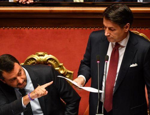 """Inps, Conte sotto accusa: """"Dove sono i 600 euro?"""" L'affondo di Salvini:  """"Se il sito è in tilt è in tilt"""" VERGOGNA"""