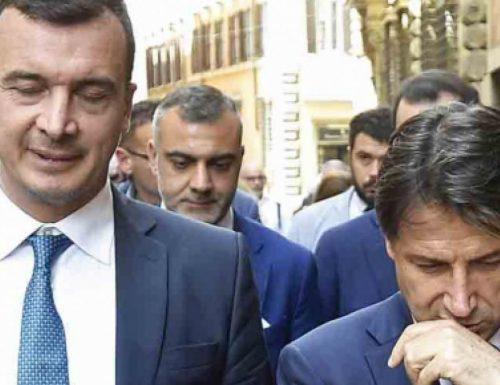 """Boom Conte e Casalino rispondono a Bechis sull'ospedale a Palazzo Chigi, ma il direttore replica: """"Soltanto balle"""""""