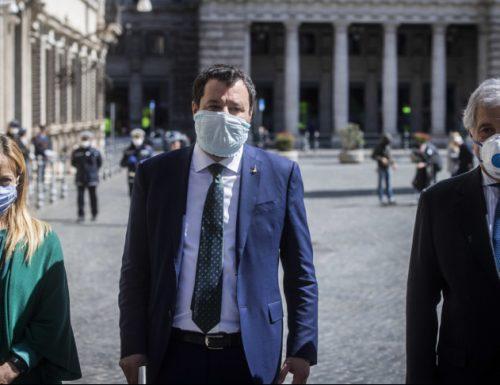 """O li ferma la magistratura o la sinistra, Salvini e Meloni: """"il 2 giugno ci negano di portare una corona all'Altare della Patria. Questa è democrazia?"""""""
