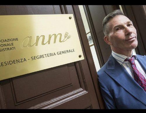 Boom Luca Palamara, le offese a Salvini aprono una voragine interna  all'Anm: si dimettono presidente e segretario È uno tsunami Qui viene giù tutto