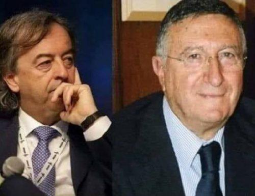"""Virologi all'attacco, Tarro porta mister passerella Burioni in tribunale: """"Denigrazione continua"""""""