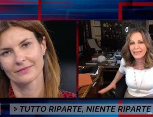 """Sinistri allo sbaraglio Santanchè distrugge in tv la piddina Moretti: """"Tu stai seduta su quella poltrona e non sai niente"""" [Video]"""