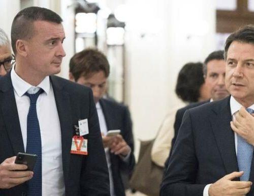 """Giuseppe Conte sotto accusa sulla """"Zona rossa"""" in Lombardia: militari lasciati per giorni senza ordini, perché?"""