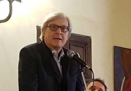 """Anm, espulsione Luca Palamara, Vittorio Sgarbi sgancia la bomba: """"hanno infilzato il tonno, ma tutti i beneficiari delle sue trattative? È una farsa"""""""