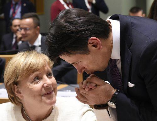 """[Ora basta, il Mes va usato"""", """"decido io""""] La Merkel umilia Conte e Italia"""