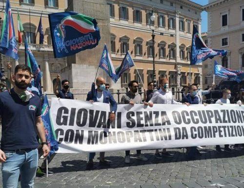 """[La protesta dei monopattini] Gioventù Nazionale: """"Monopattini? Basta marchette: dateci il futuro"""" [Video]"""