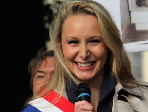 """Marion Le Pen risponde a Boldrini & co: """"Io non mi inginocchio. È sottomissione"""" [Video]"""