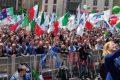 """2 giugno, l'appello della Meloni: """"Diamo voce all'Italia che non si arrende"""" [Video]"""