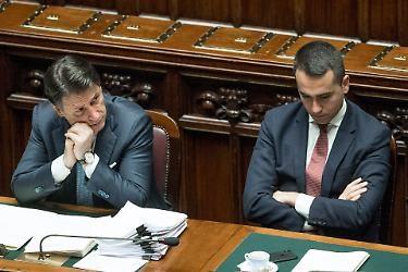 """Bruxelles ha deciso, vuole Mario Draghi. Conte e 5 Stelle non sono buoni neanche a fare la 0 con il culo del bicchiere: """"Cade senza accordo sul Recovery fund"""""""