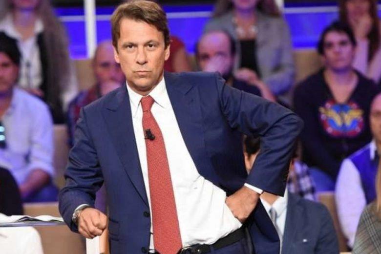 """Nicola Porro epocale, condividete, tutti devono sapere, tutti. L'affondo a Repubblica: """"Neppure una riga sull'audio del magistrato su Berlusconi"""". Vergogna"""