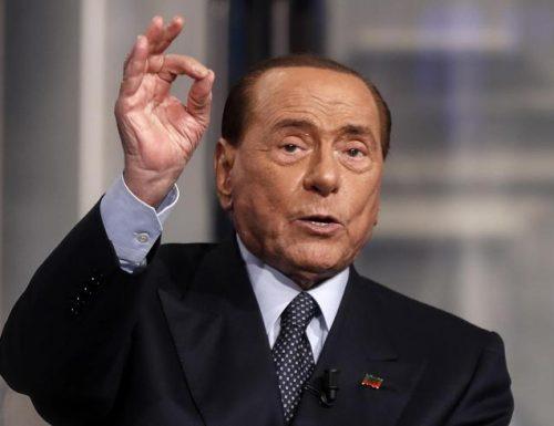 """La Lega bacchetta  Berlusconi: """"No a governo di unità"""". Ma FI: """"Non l'ha mai detto"""" Ma come? L'ha detto il Cav stamattina! A che gioco giochiamo?"""