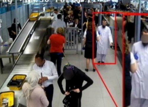 Terrorismo, incitava a sgozzare gli infedeli: arrestato un italiano