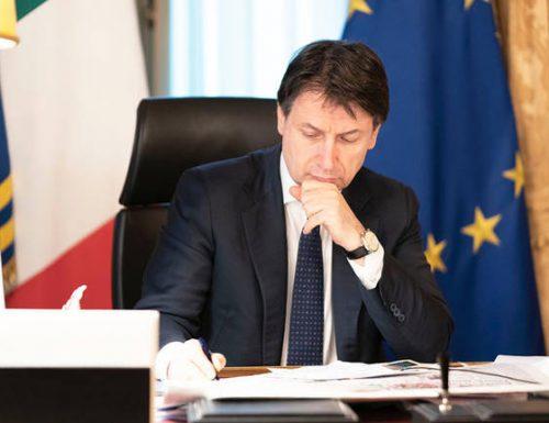 """Giuseppe Conte, che delusione. Il retroscena: """"Se qualcuno aprirà la crisi pagherà un prezzo altissimo"""". Minacce di chi ha paura…."""