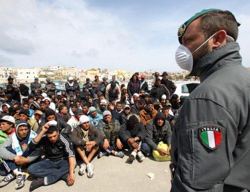 [BOOM] Il 58% degli italiani teme che gli sbarchi ci portino il coronavirus, ma il governo non sente verità