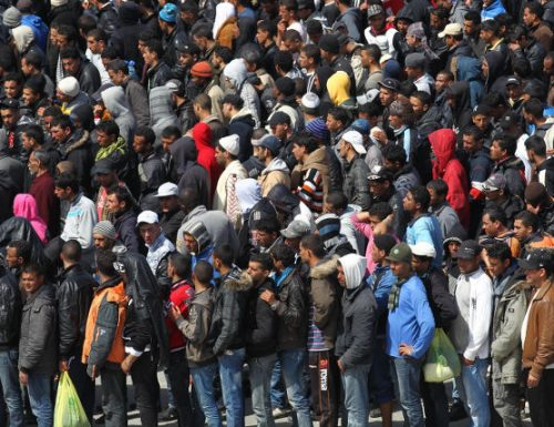 Gli scafisti conquistano l'Italia: in arrivo quasi 20mila stranieri
