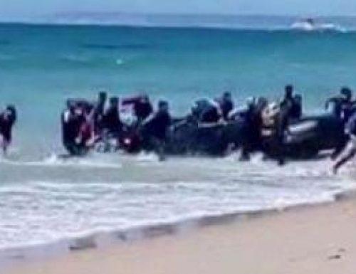 Vergogna senza precedenti ad Alassio, immigrati in vacaza grazie al  bonus vacanze sorpresi a rubare e picchiare i bagnanti