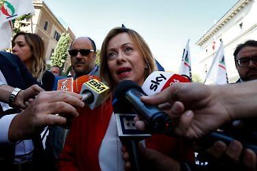 """La leader di FdI Giorgia Meloni a valanga contro Luigi Di Maio: """"Con la sua nullità politica ha consegnato la Libia alla Turchia"""""""