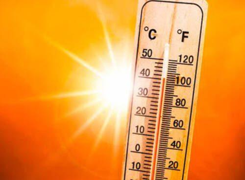 """Meteo, l'inferno tocca terra: """"Temperatura più alta mai registrata"""", punte di 54 gradi, ecco dove"""