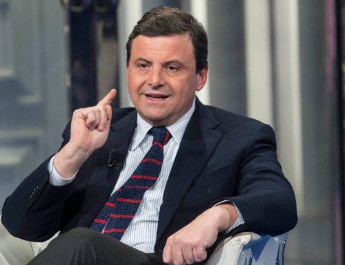 """Parlamentari furbetti del bonus 600 euro, Carlo Calenda: """"Perché i nomi usciranno. Ai parlamentari consiglio di andare a nascondersi"""""""