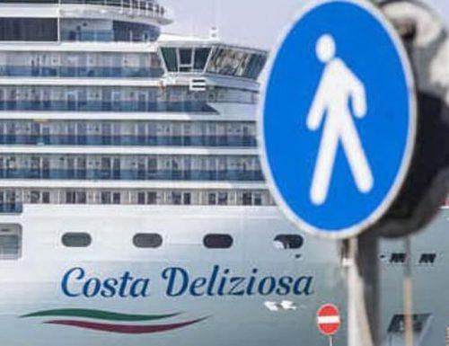 Coronavirus,  due navi della Costa Crociere in isolamento a Civitavecchia: tre i positivi