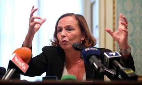 """Sbarchi aumentati del 148%. La Lamorgese senza vergogna: """"I migranti non sono il problema"""""""