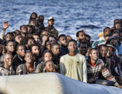 Immigrazione incontrollata dalla Tunisia. La  regolarizzazione della Bellanova manda in tilt le Coste italiane