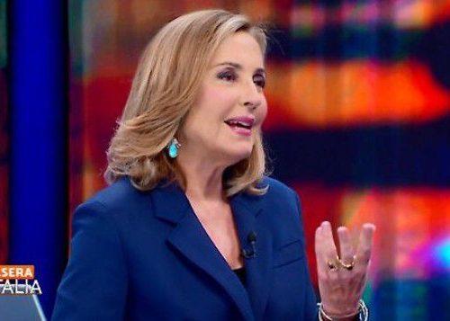 """Barbara Palombelli asfalta Di Maio a Stasera Italia: """"La dignità di una persona è il lavoro, non la fila all'Inps per il Reddito di cittadinanza"""""""