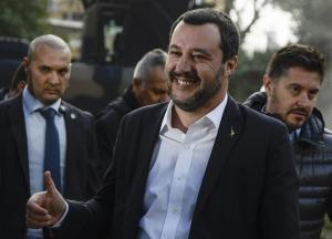 Clima di odio,  Salvini, minacce e aggressioni stanno superando il limite. Ho il diritto o no di fare campagna elettorale?