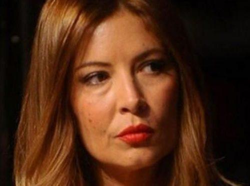 """Parole senza precedenti, Selvaggia Lucarelli contro Aldo Grasso: """"Un miserabile"""". Insorge il web"""