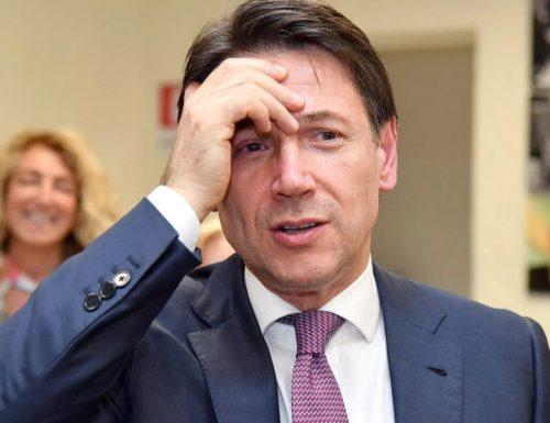 """(Solidarietà con il cu** degli altri). I pensionati sul lastrico, umiliati da Conte: """"Ci ha tolto la proprietà privata"""""""
