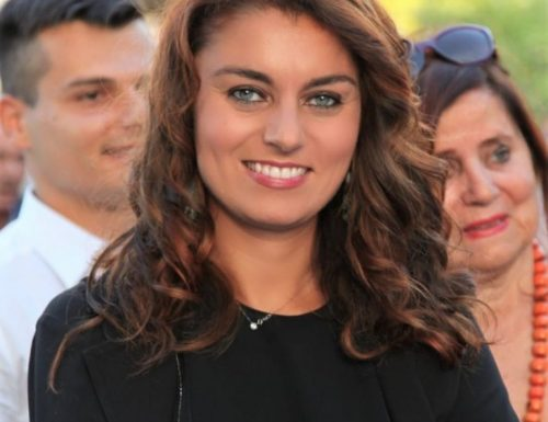 """Regionali, in Toscana il Pd è in crisi Sono tutti per  Susanna Ceccardi Hanno addirittura  """"organizzato un servizio pullman"""""""