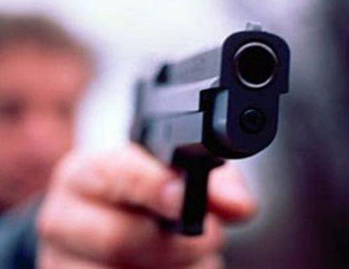 Caserta: minaccia a mano armata, denunciati coniugi 80enni