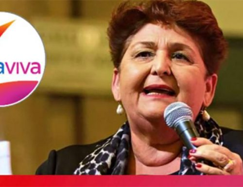 """[Italia Viva] La vergogna di Teresa Bellanova, Renzi contro Salvini: """"Vediamo di farlo restare a casa"""""""