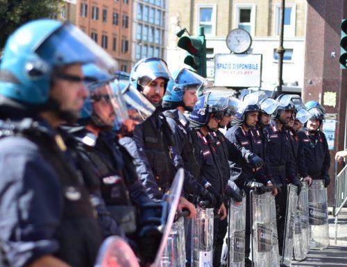 """Con l'abolizione dei Decreti sicurezza si ritorna nella paura, la Lega: """"Con l'abolizione libertà di aggredire i poliziotti"""""""